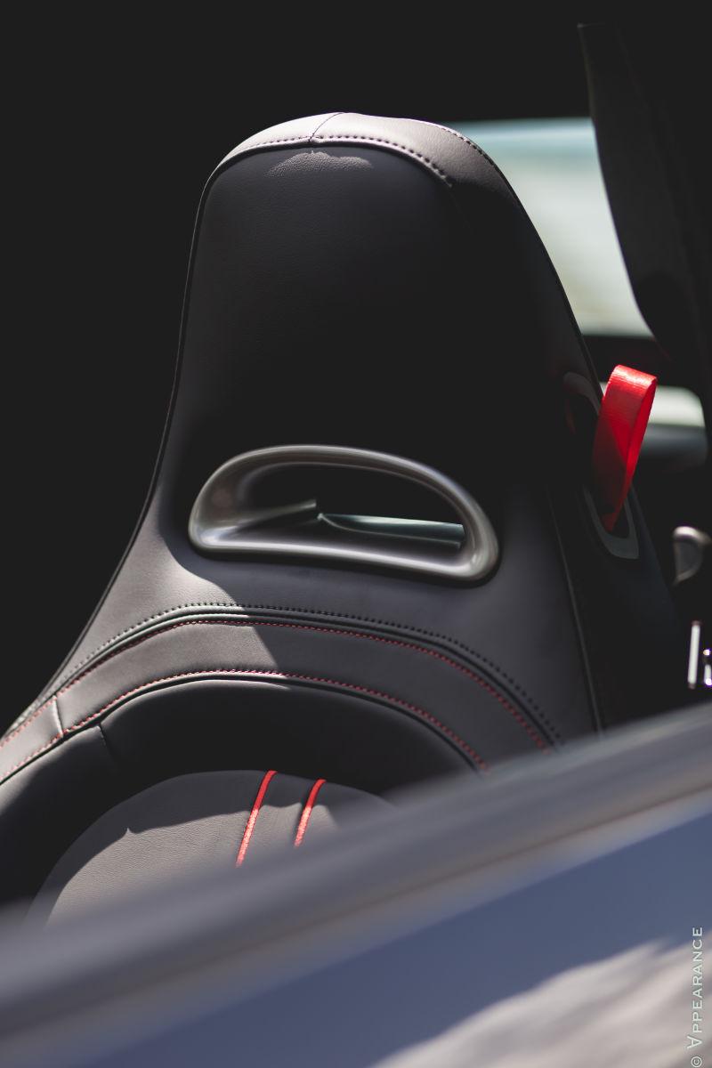 2016 Fiat 500 Abarth Seats