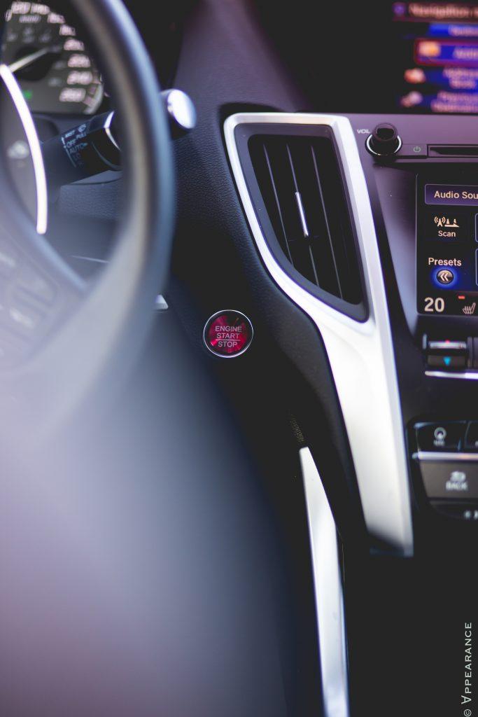 2016 Acura TLX SH-AWD Interior