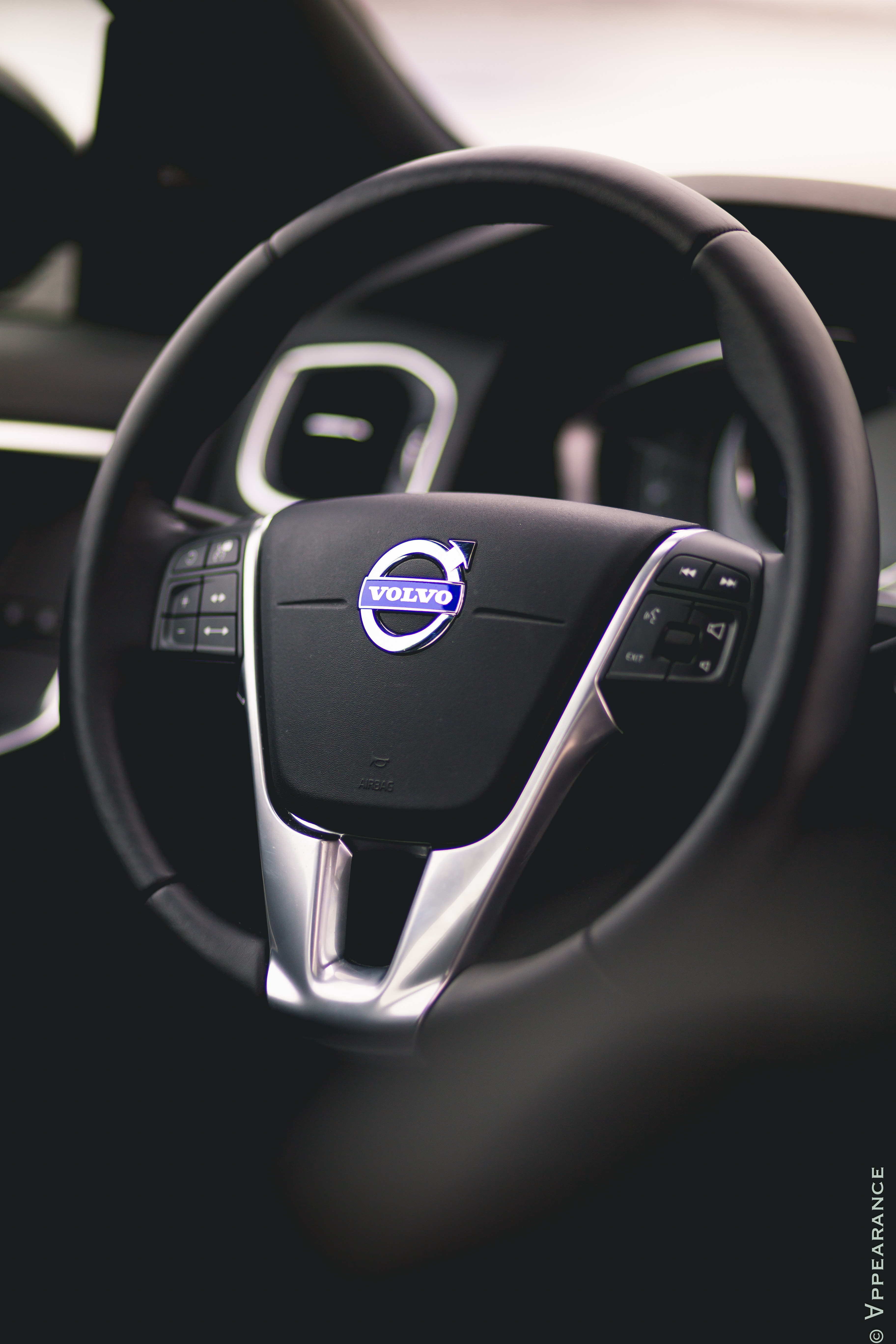 2016 Volvo S60 Cross Country Interior