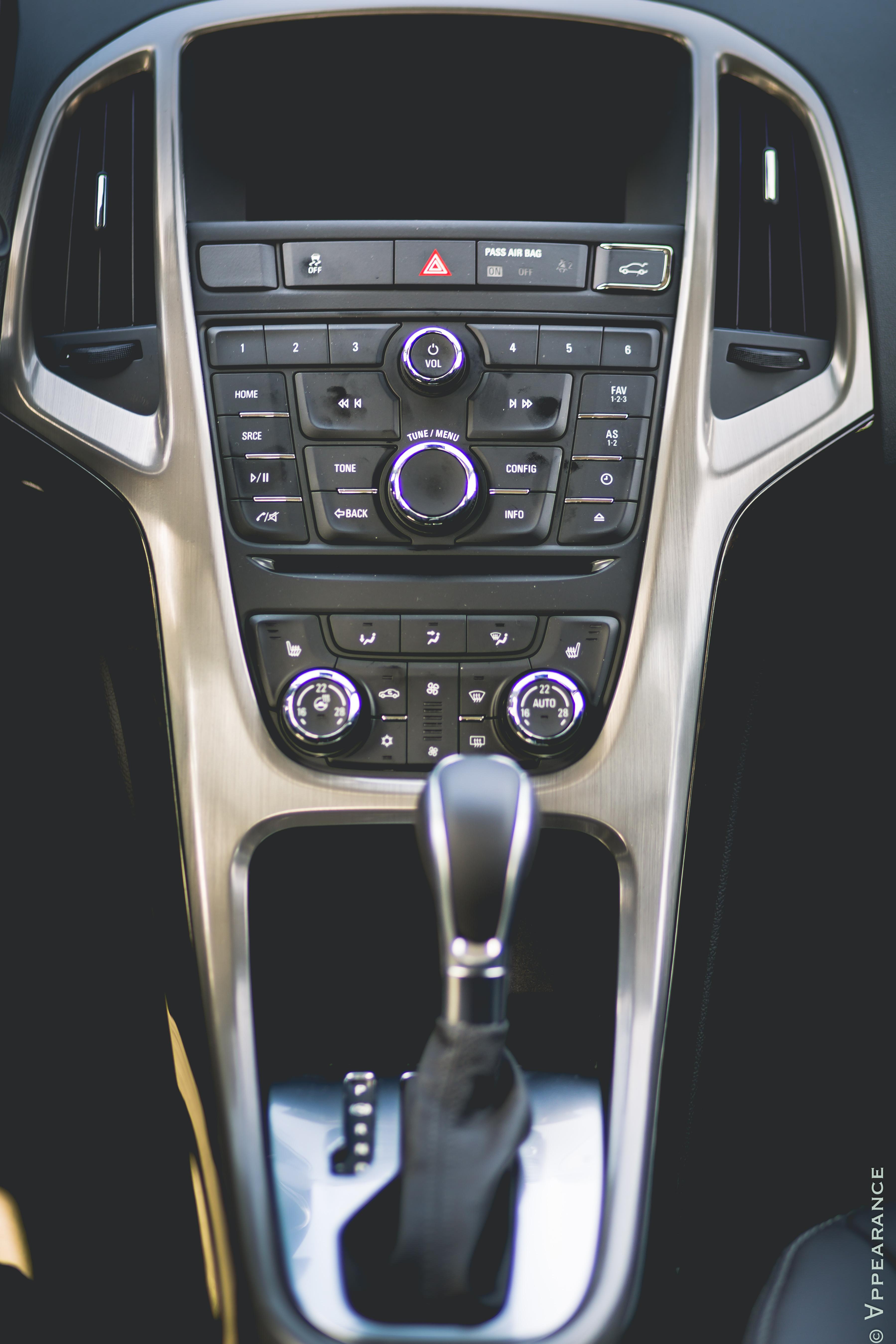 2016 Buick Verano Dashboard