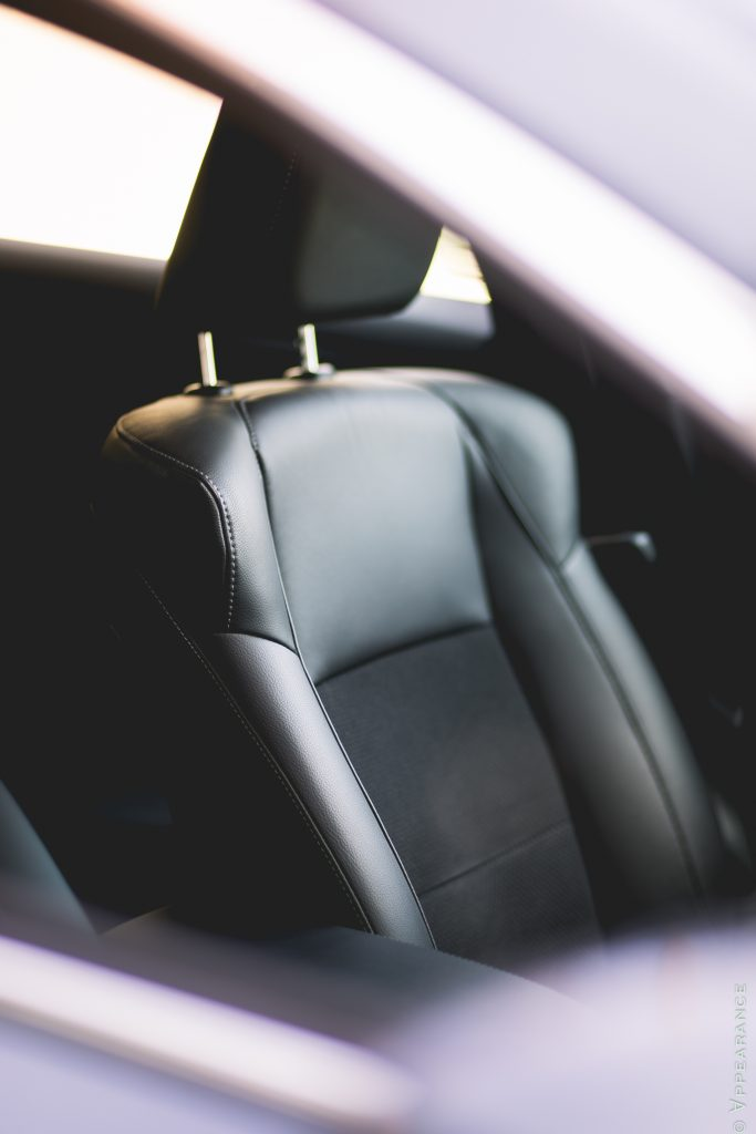 2017 Acura ILX Seats