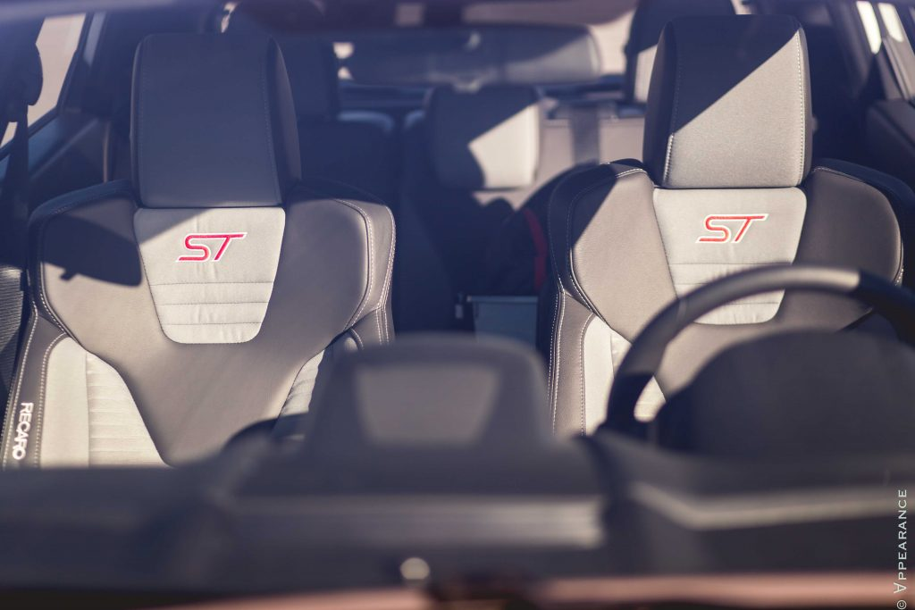 2016 Ford Fiesta ST Seats