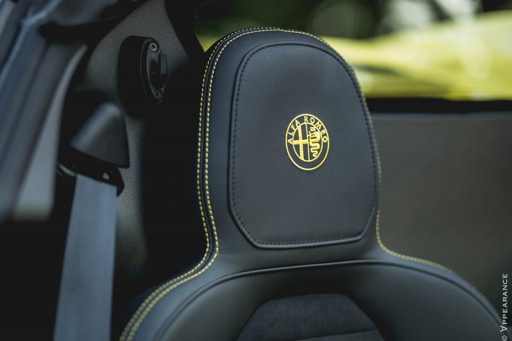 2016 Alfa Romeo 4C Spider Seats