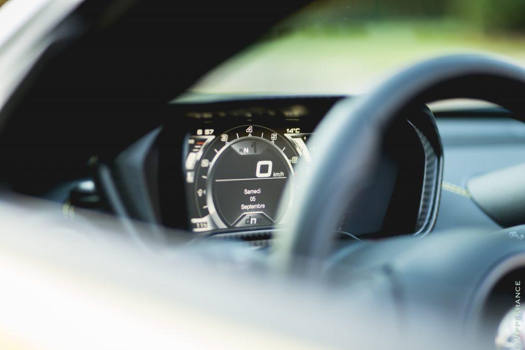 2016 Alfa Romeo 4C Spider Dashboard