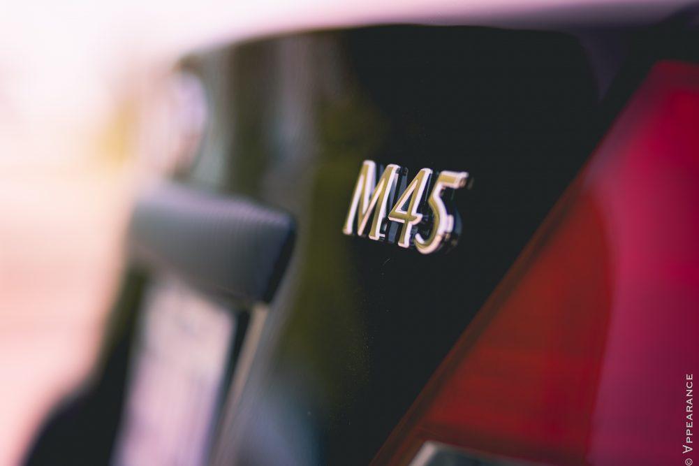 2003 Infiniti M45 logo