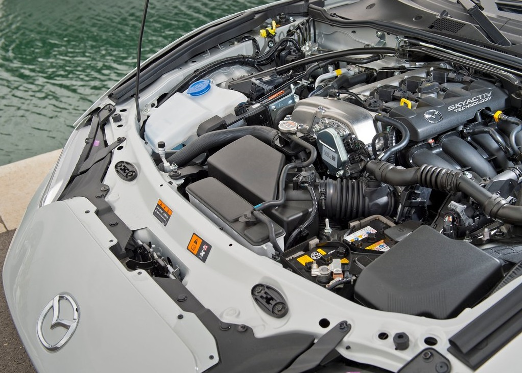2016 Mazda MX-5 engine