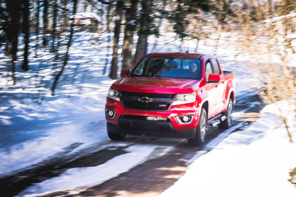 2017 chevrolet colorado z71 small doesn 39 t mean without nerve. Black Bedroom Furniture Sets. Home Design Ideas