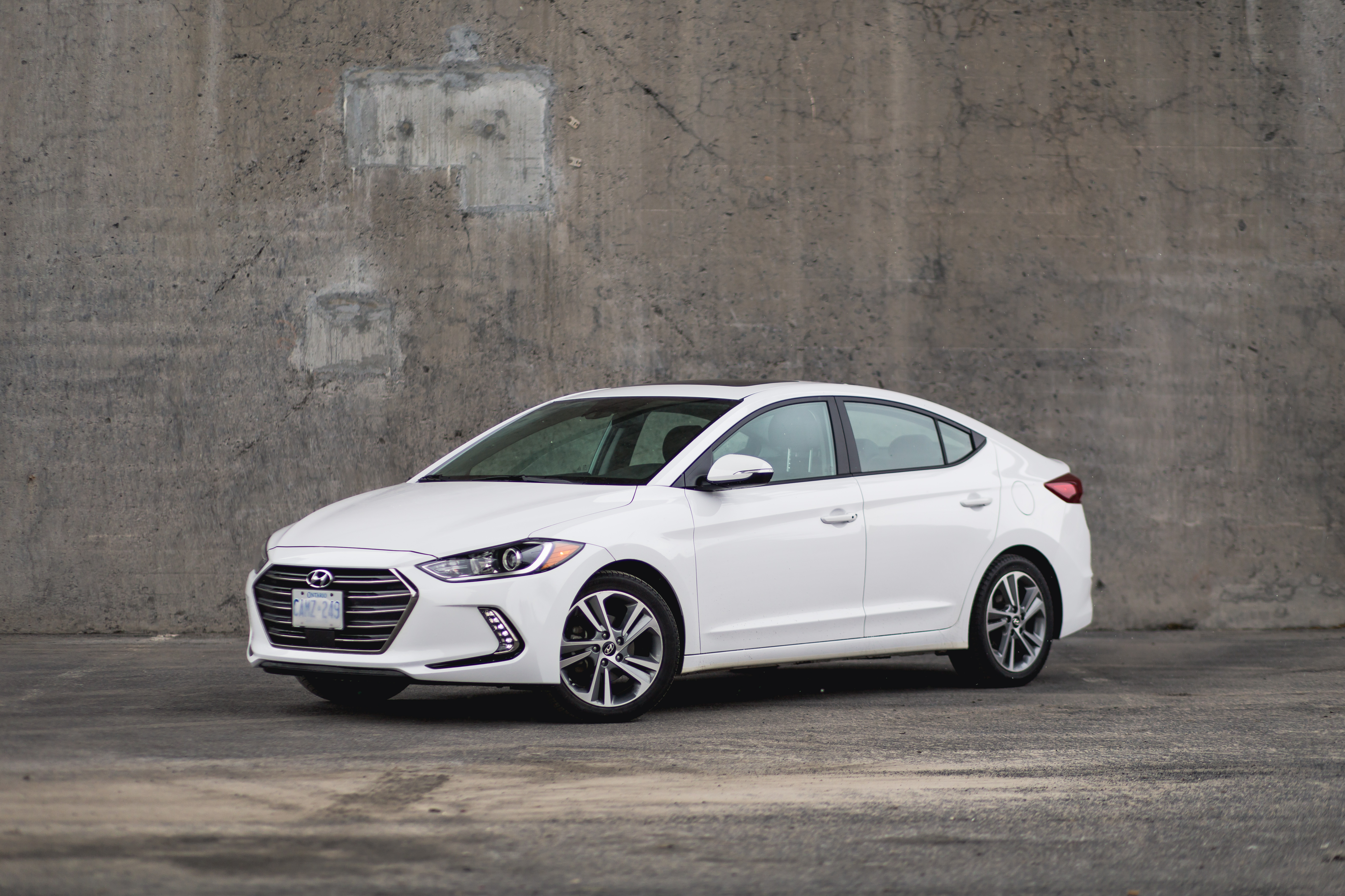 the 2017 hyundai elantra is a car i 39 d have my mother buy. Black Bedroom Furniture Sets. Home Design Ideas
