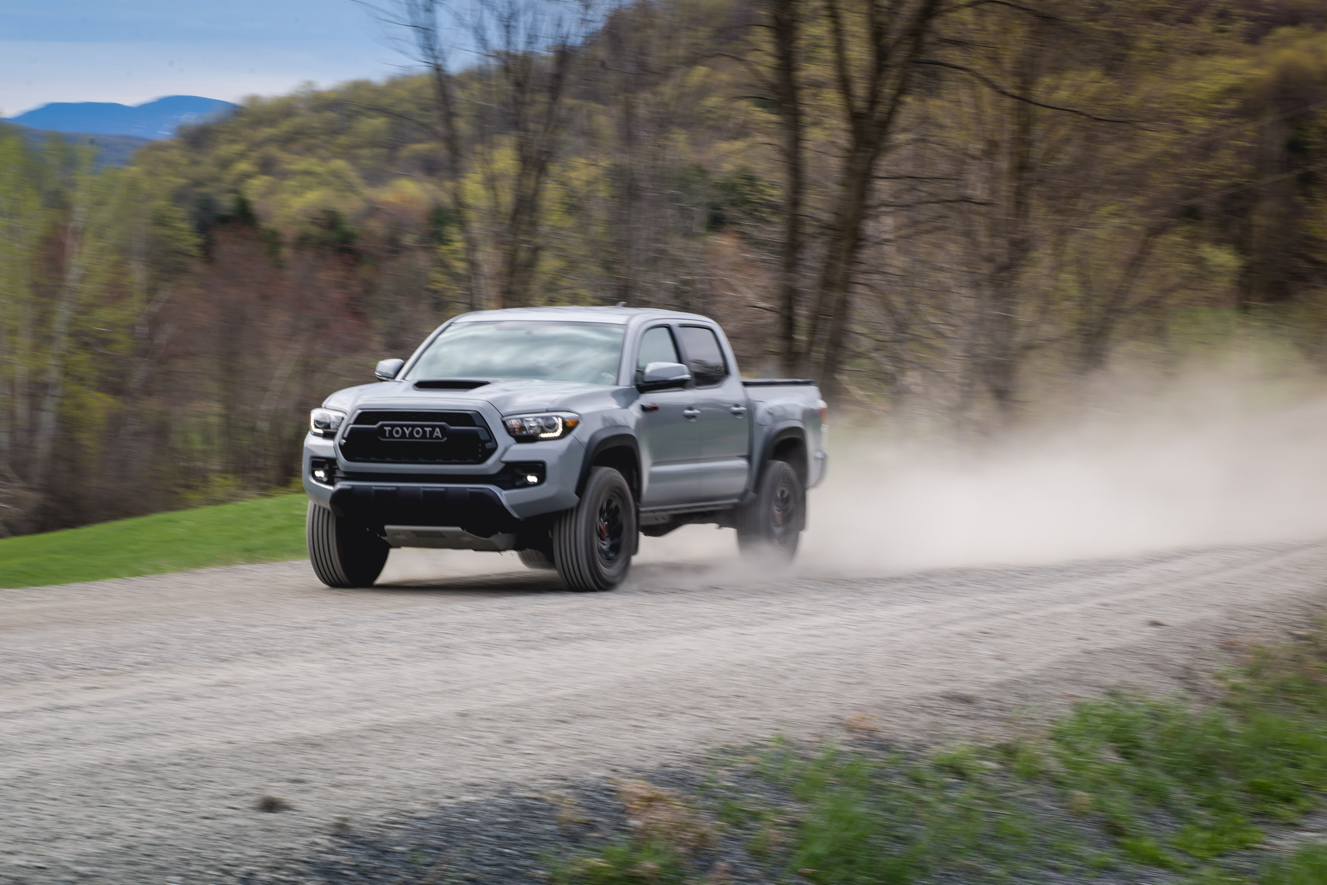 Tacoma Towing Capacity >> The 2017 Toyota Tacoma TRD Pro Is The Bro Truck We All Need