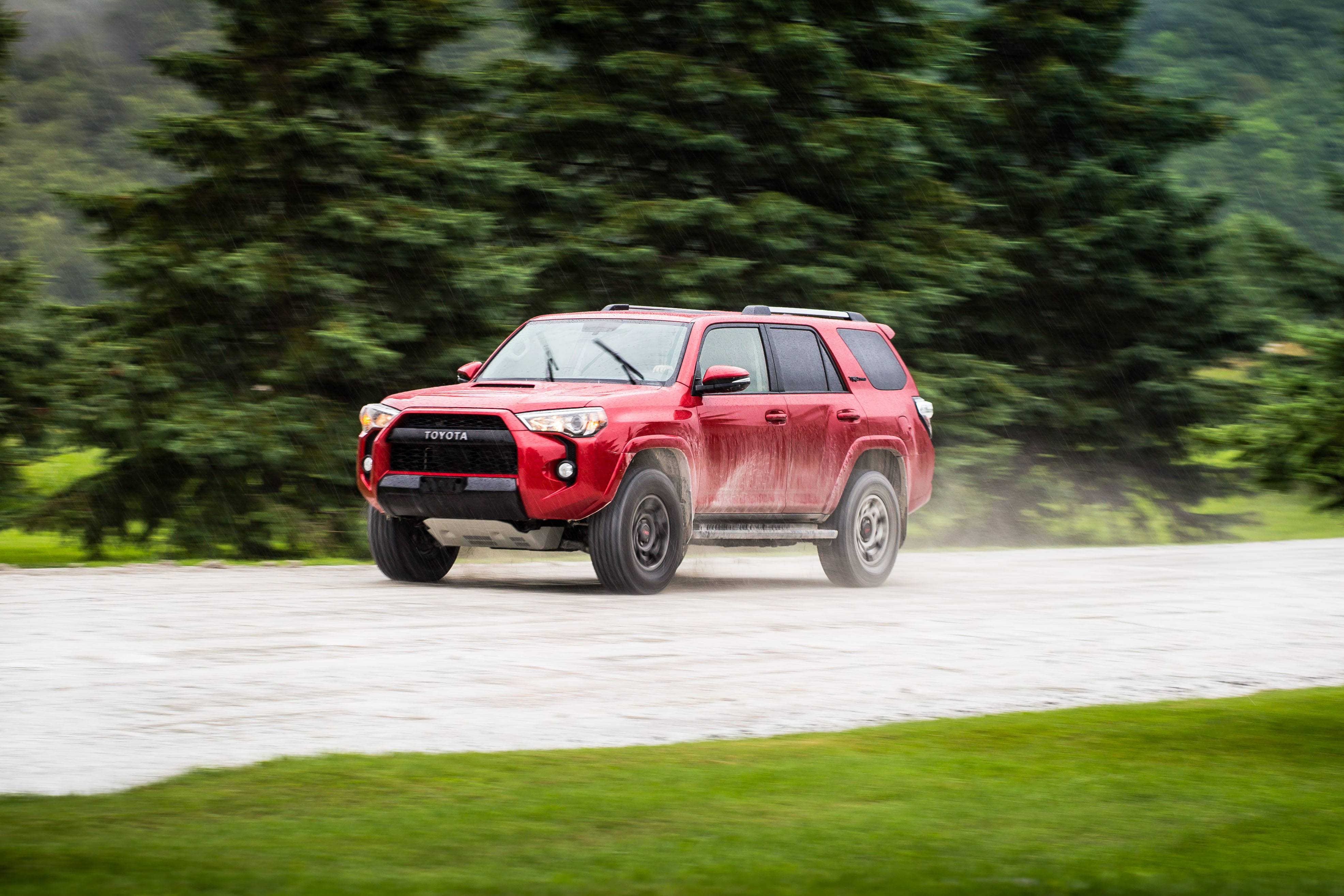 the 2017 toyota 4runner trd pro is one of the last true suvs. Black Bedroom Furniture Sets. Home Design Ideas