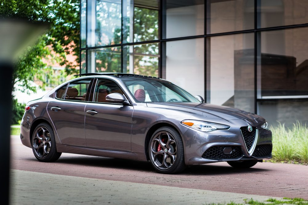 2017 Alfa Romeo Giulia Sport