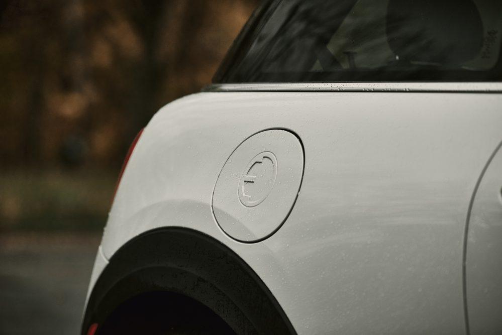 2020 MINI Cooper SE Charge Port