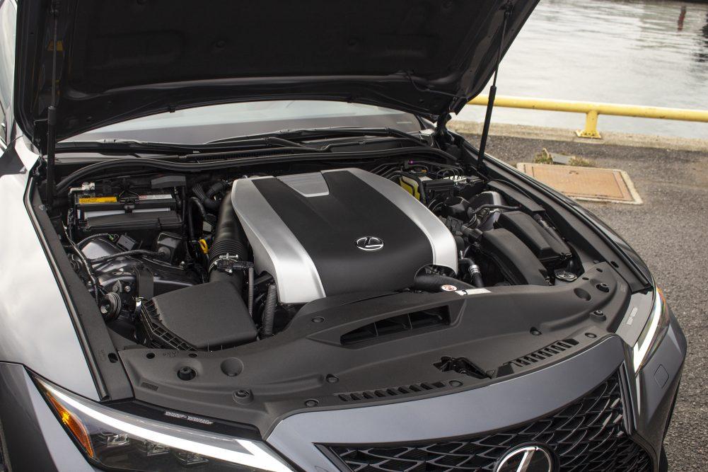 2021 Lexus IS350